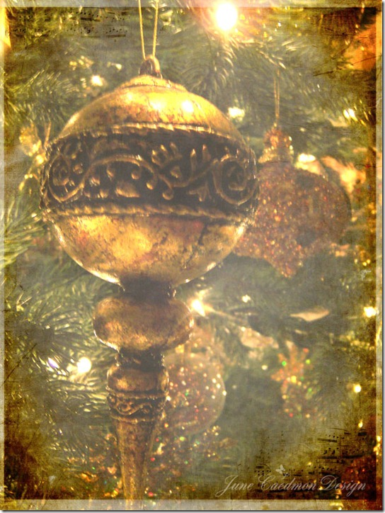Golden_Ornament