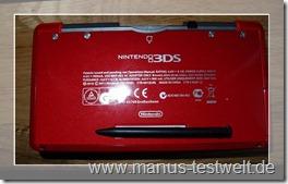 Nintendo 3DS Rckseite mit Stiftehalterung