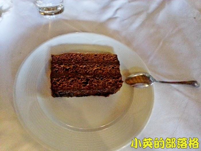 2005-3馬其頓午餐3.jpg