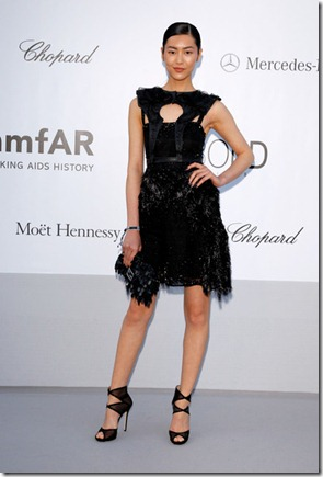 Liu Wen 2012 amfAR Cinema Against AIDS Arrivals Tto9JTvYC9Rl