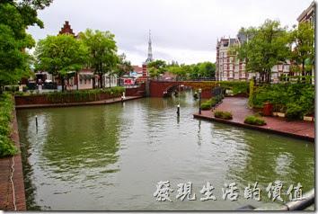 日本北九州-豪斯登堡。高塔城附近到處都是水道,怎麼拍照都漂亮。
