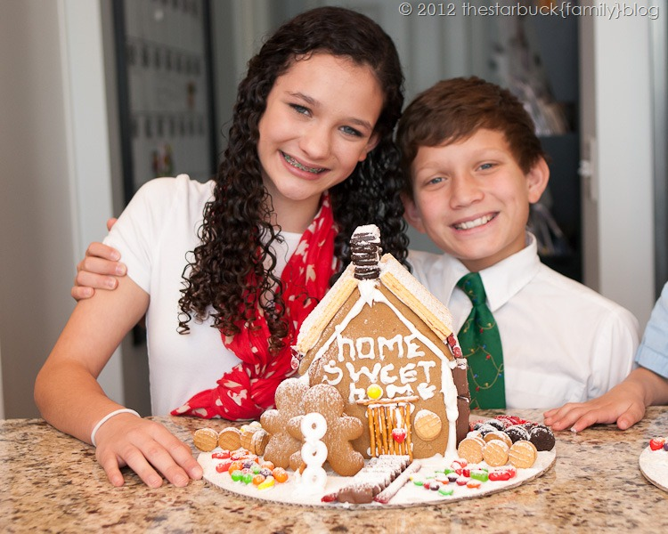 Gingerbread Houses 2012 blog-38
