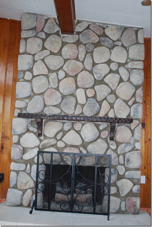 Cottage Fireplace 026