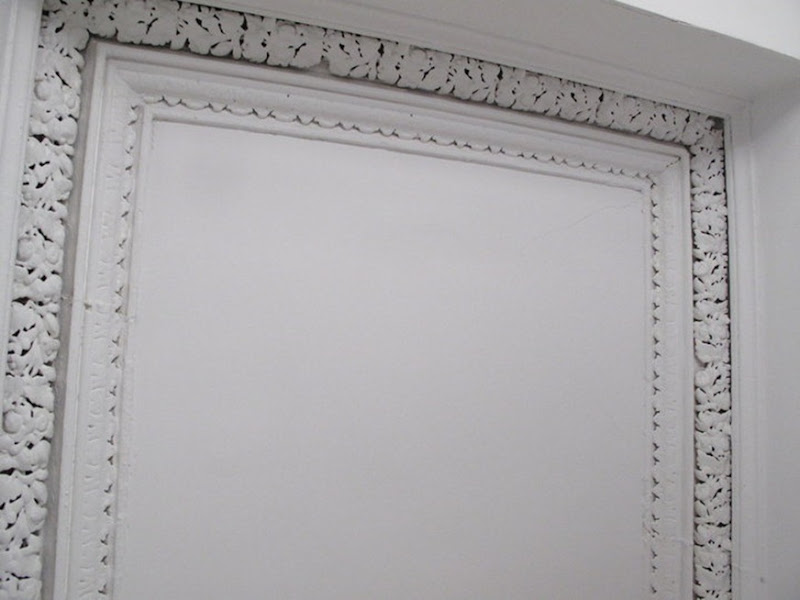 Bedroom Ceiling Trim