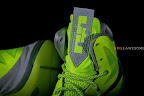 nike lebron 10 gr atomic volt dunkman 2 06 Upcoming Nike LeBron X   Volt Dunkman   New Photos