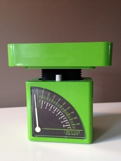 Kitchen scale designed by Bengt Ek and made in Sweden