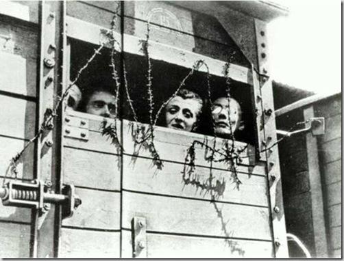 ebrei prigionieri trasportati nei campi di concentramento