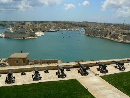 06. Gradinile Barrakka La Valleta Malta.JPG