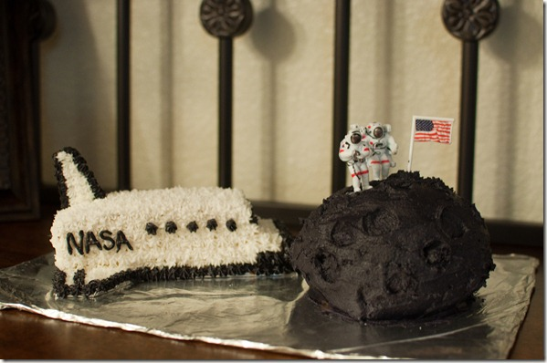 Outer Space Birthday Cakes