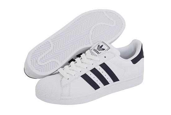 adidas classic sneakers for women