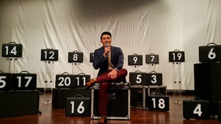 Luis Manzano in Deal or No Deal