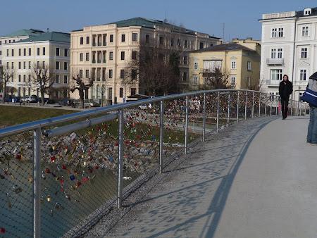 2. Podul cu lacate Salzburg.JPG