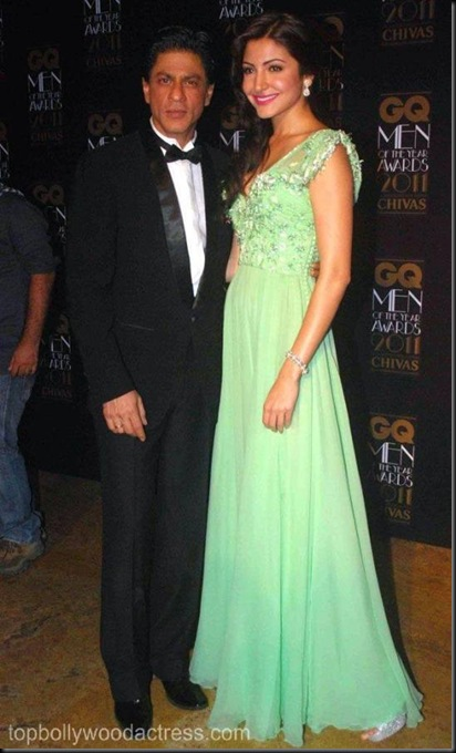 2Anushka Sharma SRK at the GQ Men Of The Year Awards 2011