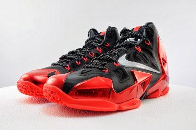 nike lebron 11 gr black red 5 10 Detailed Look at Nike LeBron XI Miami Heat Away