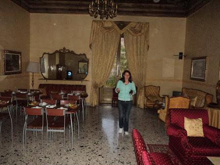 57. Palermo - Sala pentru mic dejun.JPG