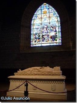 La tumba del rey Sancho el Fuerte - Roncesvalles