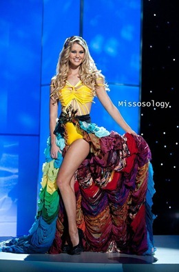 miss-uni-2011-costumes-63