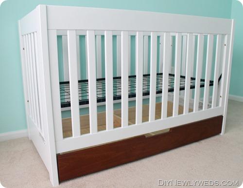 Two Tone Crib