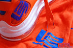 nike air max lebron 7 pe hardwood orange 4 04 Yet Another Hardwood Classic / New York Knicks Nike LeBron VII