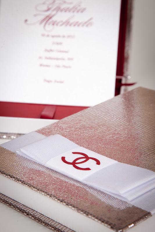 thalia convite personalizado 15 anos prata e vermelho caixa IMG_3887 (9)