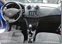 Dacia stand Parijs 2012 23