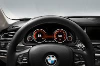 2013-BMW-7-Series-37.jpg