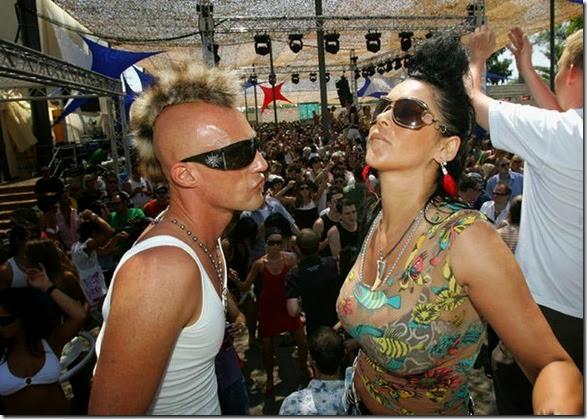 ibiz-clubbing-funny-086