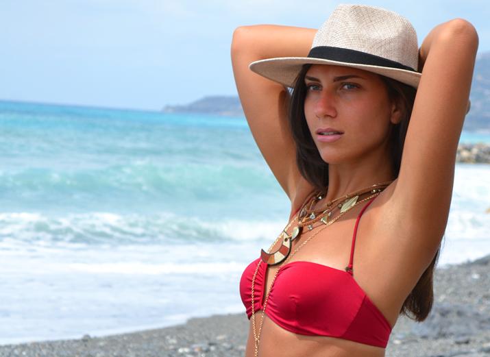 donna al mare bagnasciuga blog di moda tendenze 2014
