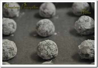 Chocolate Crinkle Cookies 6