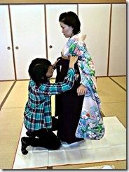 袴の他装着付け練習 (4)