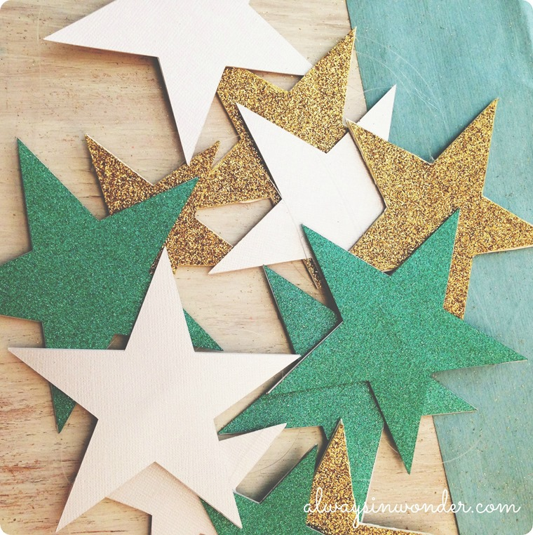 DIY STAR GARLAND FROM ALWAYSINWONDER