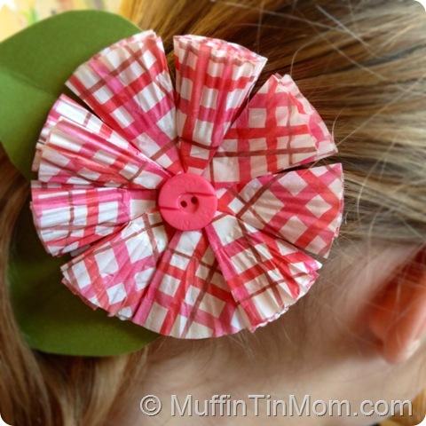 folded paper cupcake liner flower