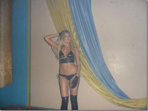 middle-school-striptease-7