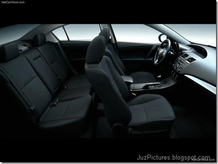 Mazda 3 Sedan10