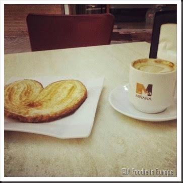 Palmera and coffee