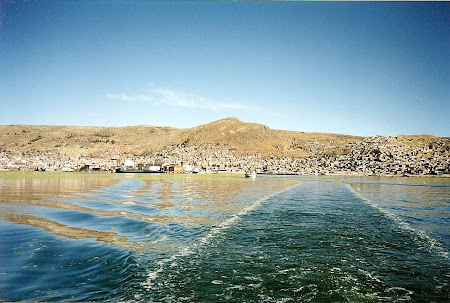 Things to do in Peru: leaving Puno for Titicaca lake