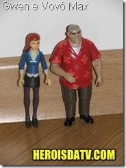gwen e vovo max Bonecos Ben 10 Força Alienígena - brinquedos