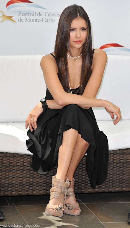 nina dobrev linda sensua sexy sedutora fotos Vampire Diaries desbaratinando (69)