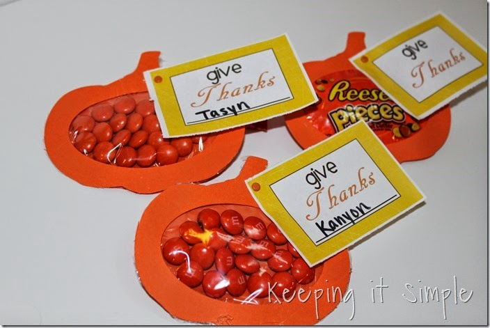 Easy Thanksgiving Candy Pouches (18)