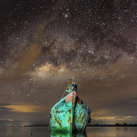 The Milky Way at Kg. Jungair, Kuala Penyu by Waily Harem - Landscapes Starscapes ( kuala penyu, milky way )