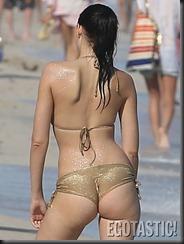 hana-nitsche-gold-bikini-in-miami-10-675x900
