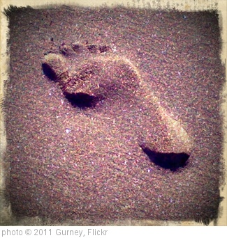 'footprint' photo (c) 2011, Gurney - license: http://creativecommons.org/licenses/by/2.0/