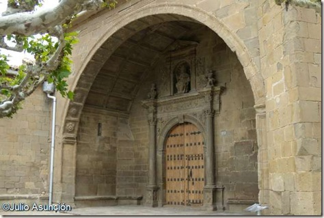 Aibar - Iglesia de San Pedro - Portada