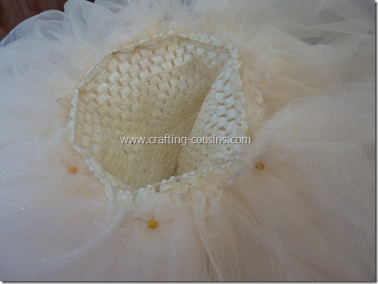Tulle flower girl dress tutorial from the Crafty Cousins (10)