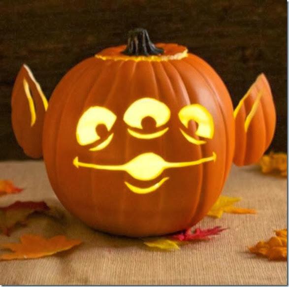 pumpkin-carving-2013-16