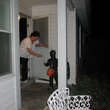 Trick-or-Treating 10-31-11 (3).JPG
