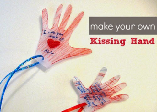 Kissing-Hand-craft
