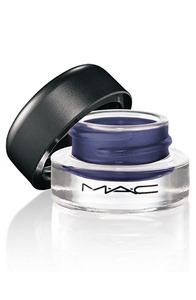 MAC-Taste-Temptation-Fluidline-Waveline