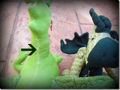 Stuffing tute dragon neck
