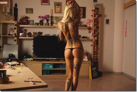 hot-tattoo-women-016
